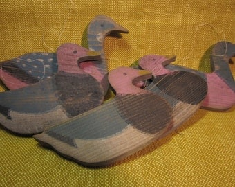 """5 painted wood ducks, 4"""" , 1/4"""" thick, threaded for ornaments or for crafts, country folk art"""