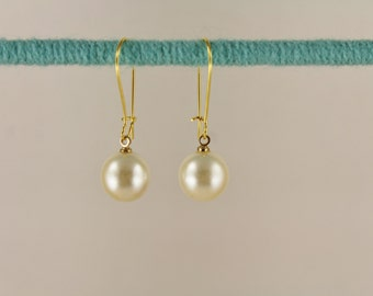 Gold and Faux Pearl dangle earrings kidney wire lightweight classic bridal bridesmaid wedding