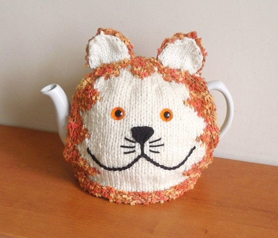 Free Patterns For Loom Knitting : Hand made Ginger cat knitted tea cosy for your teapot. Fits 2