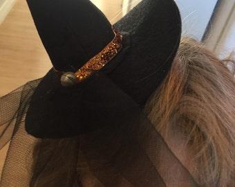 Mini witches hat headband