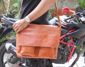 Monalisa  Messenger Leather  Bag