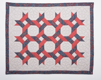 """Quilt - """"Lover's Knot"""" Wall Hanging"""