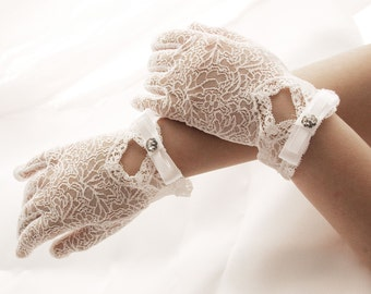 communionn gloves gloves for first holy communion gloves fist. Black Bedroom Furniture Sets. Home Design Ideas