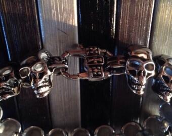 Handmade steel skulls series bracelet in steel