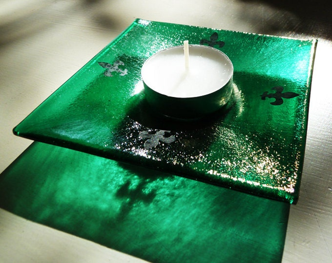 Green tealight holder, bright iridescent fused glass with black fleur-de-lys details