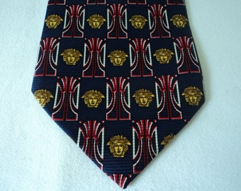REDUCED - French vintage silk neck tie (03070)