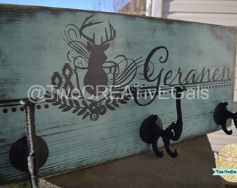 Distressed 3-Hook Customized Coat Rack