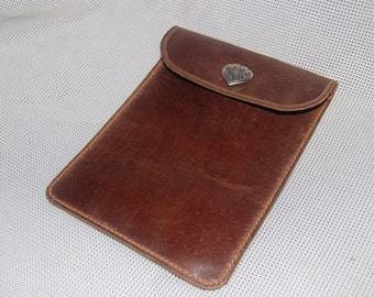 leather kindle/device cover. oiled bullhide,handmade hand stitched