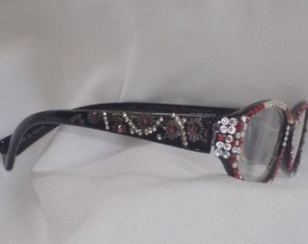 1.50 Bling Reading Glasses Swarovski crystals. Black frames top to bottom with sparkling clear and red crystals. Also sparkly arms