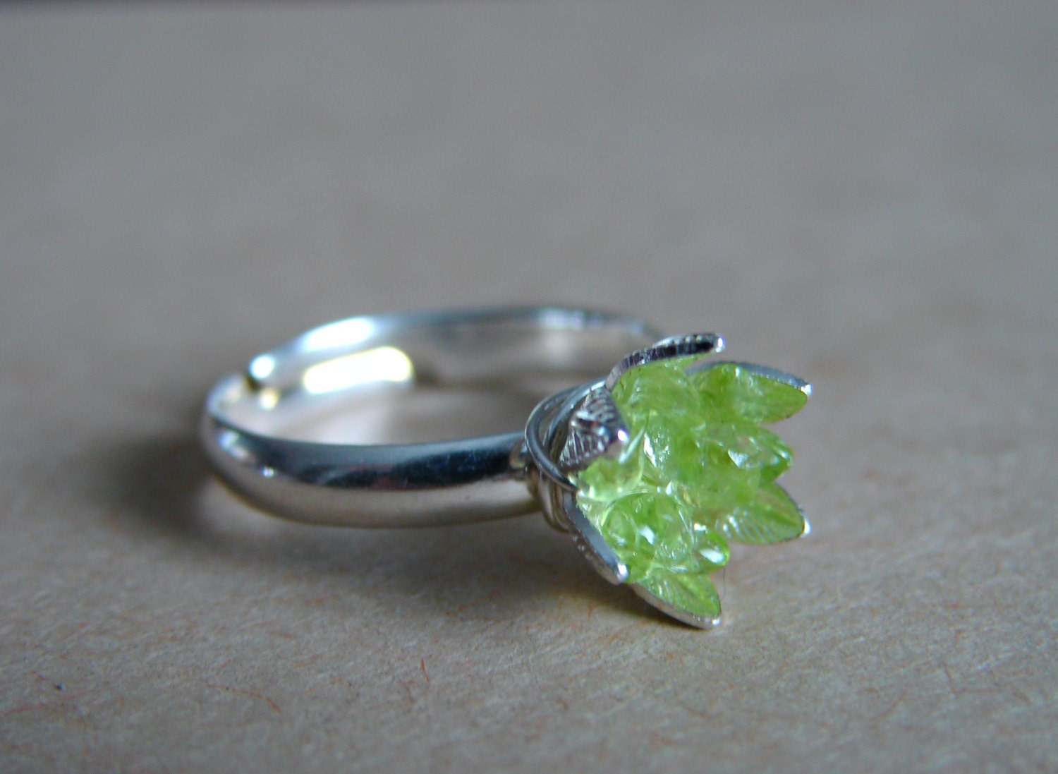 peridot ring lotus flower ring rough stone ring august. Black Bedroom Furniture Sets. Home Design Ideas