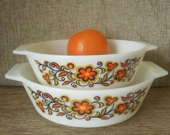 "JAJ Retro Pyrex Casseroles - Retro ""Toledo"" Set of Two Orange Daisy Pattern"