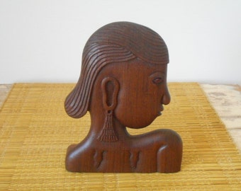 Timber Carved Female Profile Display - Retro 1970s Decor