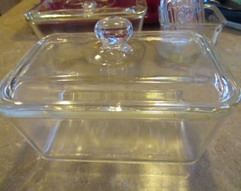 Vintage Glasbake #805, Clear Glass Refrigerator Dish or Loaf Pan with Knob Lid. 1950's