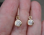 1/2 Carat Bezel Diamond Dangle Drop Earrings in 14K Yellow Gold Leverback