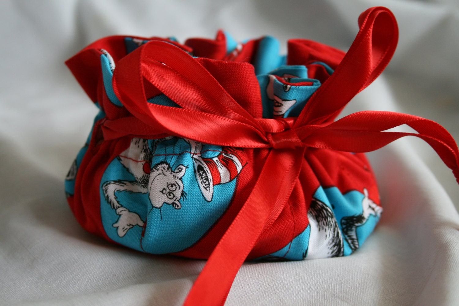 Cat in the hat jewelry travel bag travel jewelry organizer for Cat in the hat jewelry
