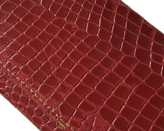 Vintage alligator-skin leather accessory case