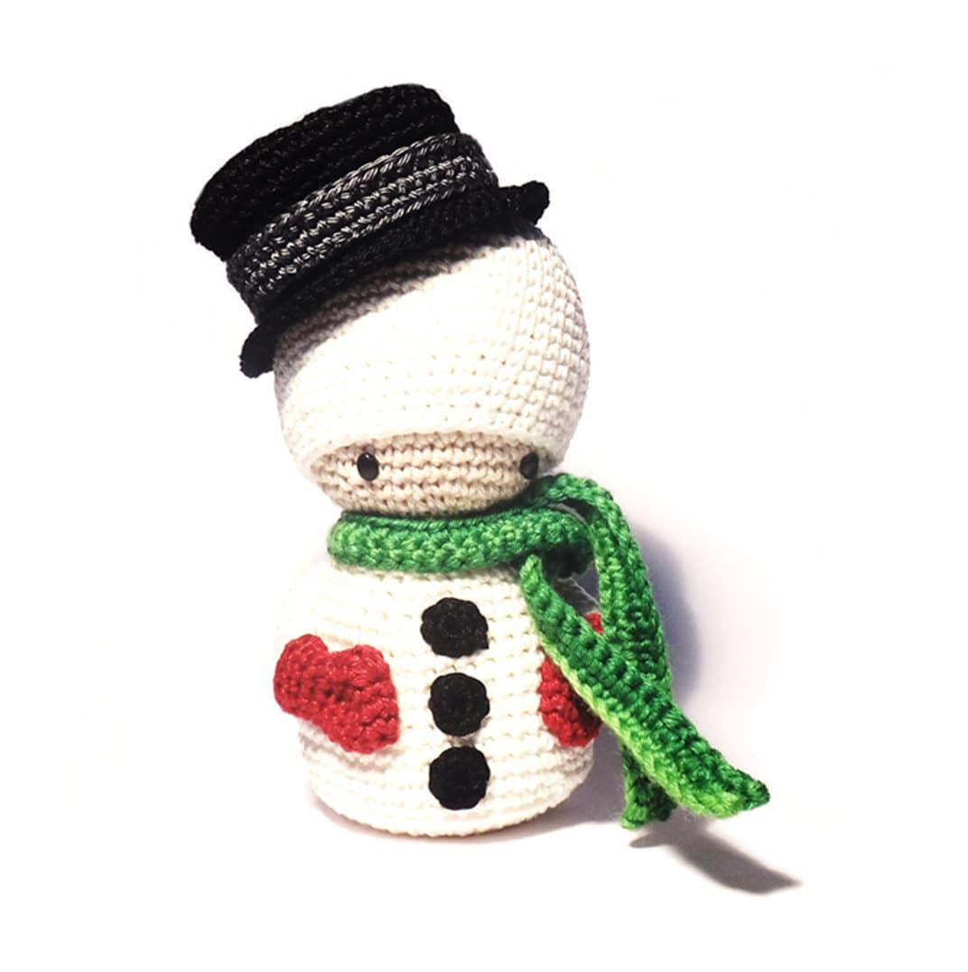 Crochet Pattern For Yoda Doll : SNOWMAN Crochet Pattern Kokeshi Doll by RoKiKi on Etsy