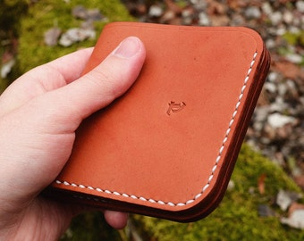 Billfold Leather Wallet for Euro Banknotes Tan - Minimal cash card Bifold Wallet for Men or Women - Hand stitched