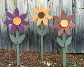 Large Wooden Flower on metal stake for yard