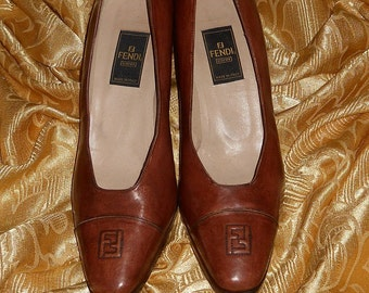 Genuine vintage Fendi shoes / genuine leather