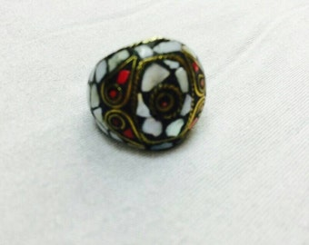 FREE Shipping Worldwide Nepal Natural Shell & Coral Ring Size 8 US Gold Plated Vintage Boho Ethnic Tribal Gypsy Hippie Bohemian