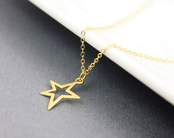 Tiny Star Pendant Necklace . Gold Necklace. Simple and Modern Necklace. Dainty Necklace. Bridesmaid Necklace