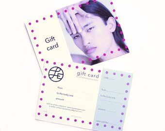 Gift card for a contemporary jewel. Offered delivery.