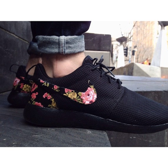 triple black floral nike roshe run custom black white roses. Black Bedroom Furniture Sets. Home Design Ideas
