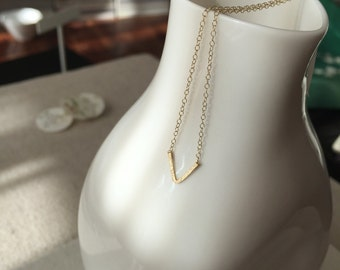 FREE SHIPPING Gold Small V Necklace