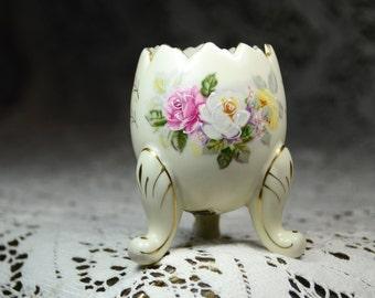"Vintage Inarco Egg Vase/Planter circa 1962. Three footed ""Hatched"" Egg Vase. Shabby Chic Vase. Shabby Chic Wedding Decor. #5279"