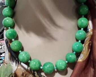 One strand enhanced jade  beaded necklace