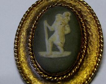 Wedgwood pin/pendant