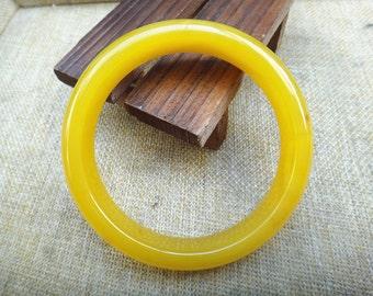 65mm Natural yellow agate bracelet (inner diameter 65mm)