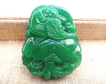 "green jade ""Ruyi magpie"" pendant (positive and negative engraving)"