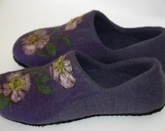 Women's felted slippers  Felt clogs Handmade shoes Wool house shoes  Eco slippers Gift for her