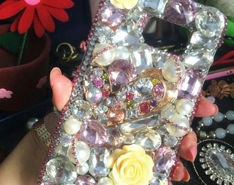 Bling Crystals Gems Pearls Rhinestones Gold Heart Flowers Luxury Lovely Fashion Sparkles Jewelled Diamonds Hard Cover Case for Mobile Phone