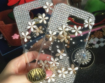 Bling Fashion Girly Floral Sparkles Clear Crystals Gems Rhinestones Diamonds Lovely Alloy Flowers Fashion Hard Cover Case for Mobile Phones