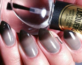 TONADO WARNING Black to Clear Thermal Color Changing Nail Polish