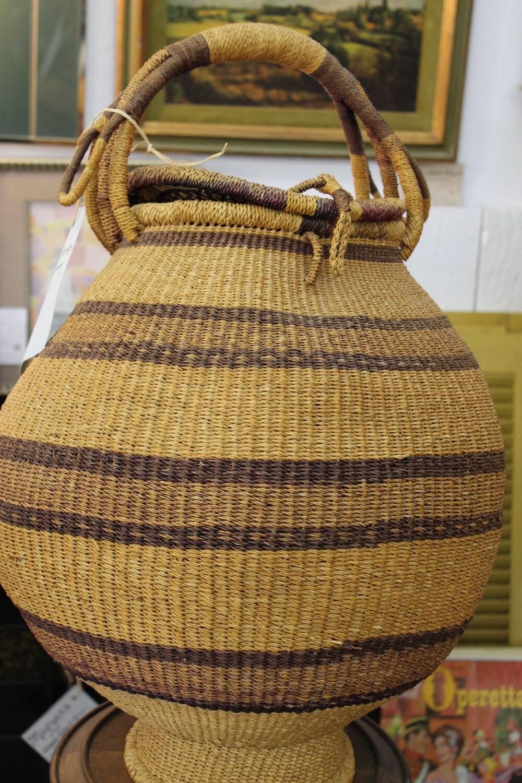 Salevintage bee hive lidded basket - Wicker beehive basket ...