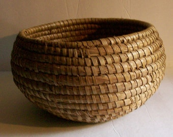 Vintage Round Coiled Sweet Grass Woven Basket