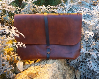 Laptop sleeve in leather