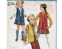 Girls Vest Girls Mini Skirt Girls Bell Bottoms SIMPLICITY 8428 sz 10 b 28.5 Girls Hippie Outfit Girls Mod Outfit Girls Blouse Mod Vest
