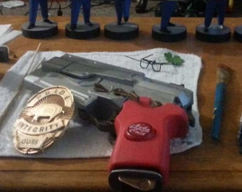 Fallout 4 inspired 10mm Pistol Cosplay Prop Replica