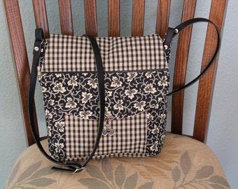 messanger style handbag,adjustable shoulder strap,fabric