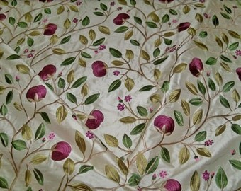 LEE JOFA KRAVET Floral Embroidered Silk Fabric 10 Yards Aubergine Plum Cream Green