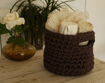 Crochet basket, cosmetic basket, chocolate color for this basket