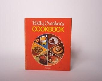 Betty Crocker Cook Book, Cookbook, Vintage, Retro Kitchen