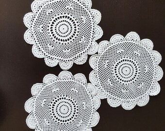 Set of 3 Vintage doilies, Handmade ,Crochet Lace Doily, Lace Napkin, Lace Doily, Vintage Decor, round shape, white,225 mm, cotton