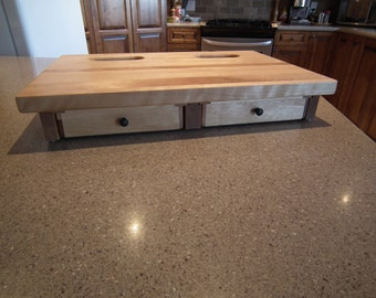 "Cutting board 20 ""x 14.5"" with 2 holes and drawers with magnetic closure"