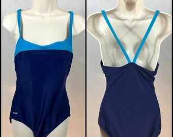 90s SPEEDO Vintage // Large \\ Swimsuit One-piece Padded Beach Active Sport